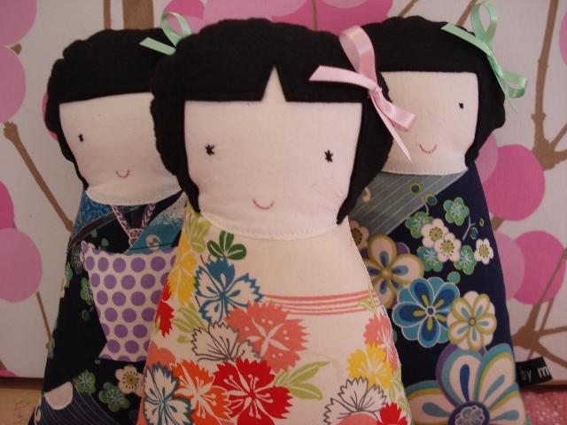 Kokeeshi girls pic1